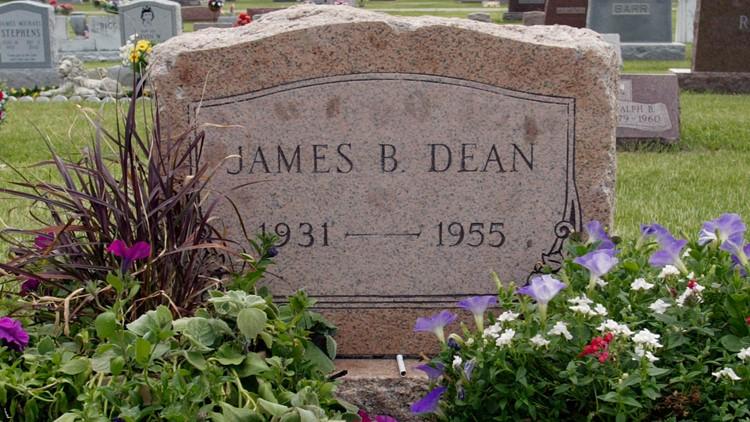 Film-CGI James Dean headstone