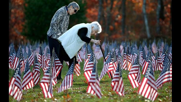 AP APTOPIX VETERANS DAY MASSACHUSETTS A USA MA