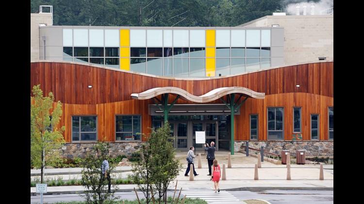 Newtown shooting anniversary: Bomb threat empties Sandy Hook Elementary