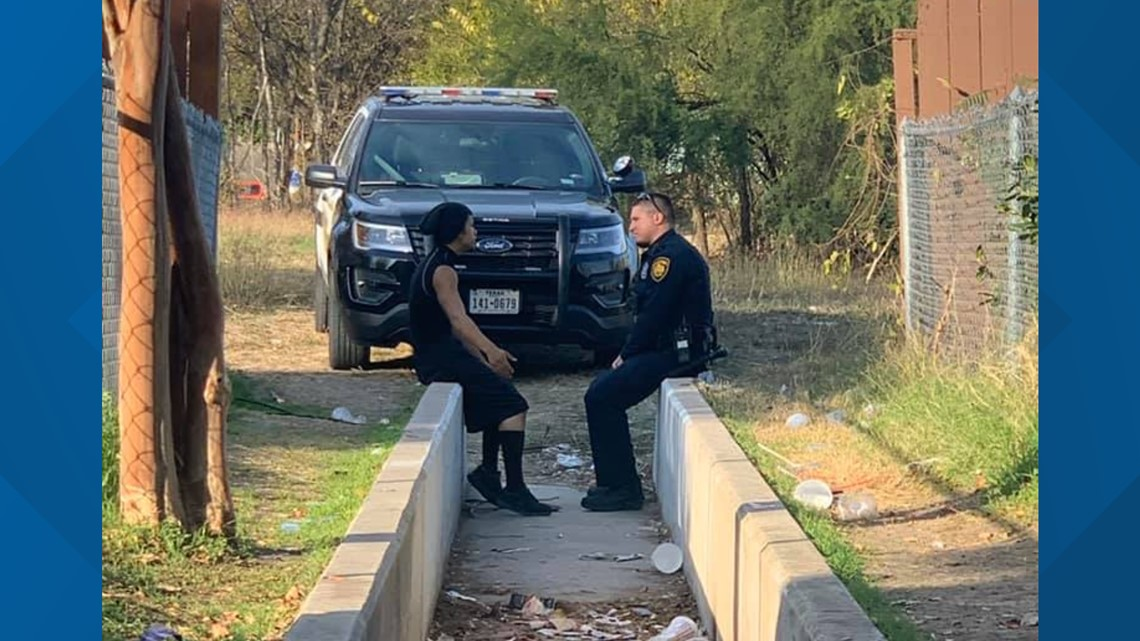 'I hate cops': Why a photo of a Texas police officer is going viral