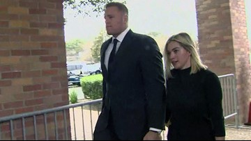 Star athletes, actors among the mourners at Bush 41's funeral
