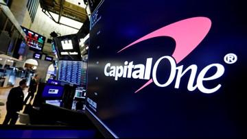 U.S. Prosecutors want accused Capital One hacker to remain locked up