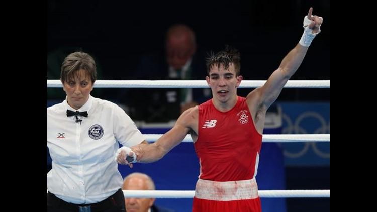 Boxer Flips Off Judges Accuses Vladimir Putin Abc10 Com