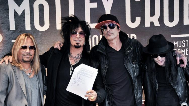 Mötley Crüe destroys cessation of touring agreement