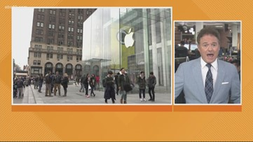 Business Headlines: Apple blames poor quarter on coronavirus