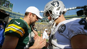 Aaron Rodgers throws 5 TD passes, Packers gash Raiders 42-24