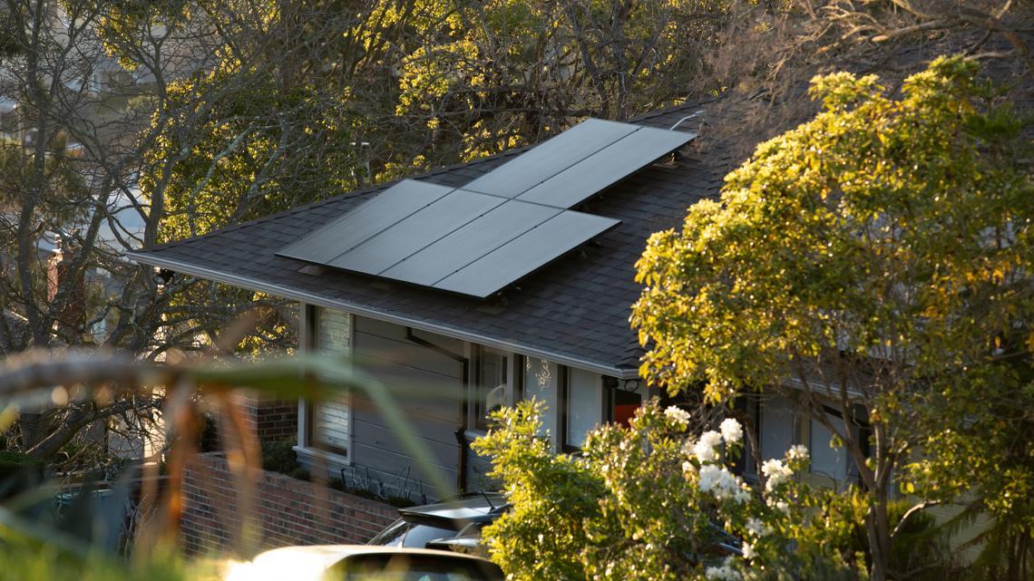 Regulators loosen California's groundbreaking rule to require residential rooftop solar