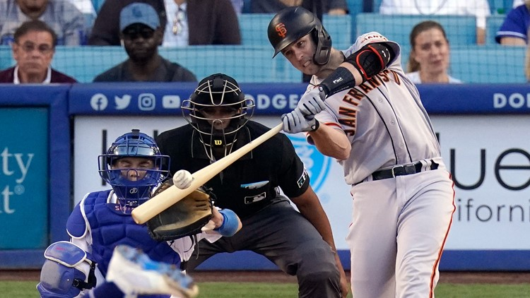Posey comes through in return as Giants defeat Dodgers 7-2