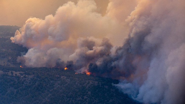 Despite lighter winds Friday, fire crews believe Tamarack Fire could continue growing | Evacuations, maps, updates