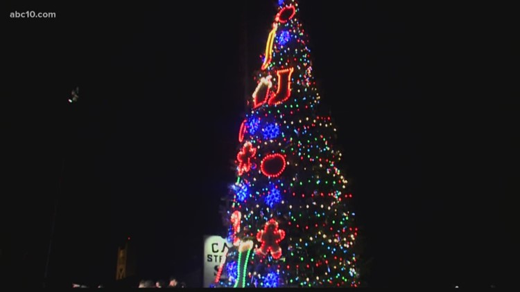 christmas tree lighting in old sacramento