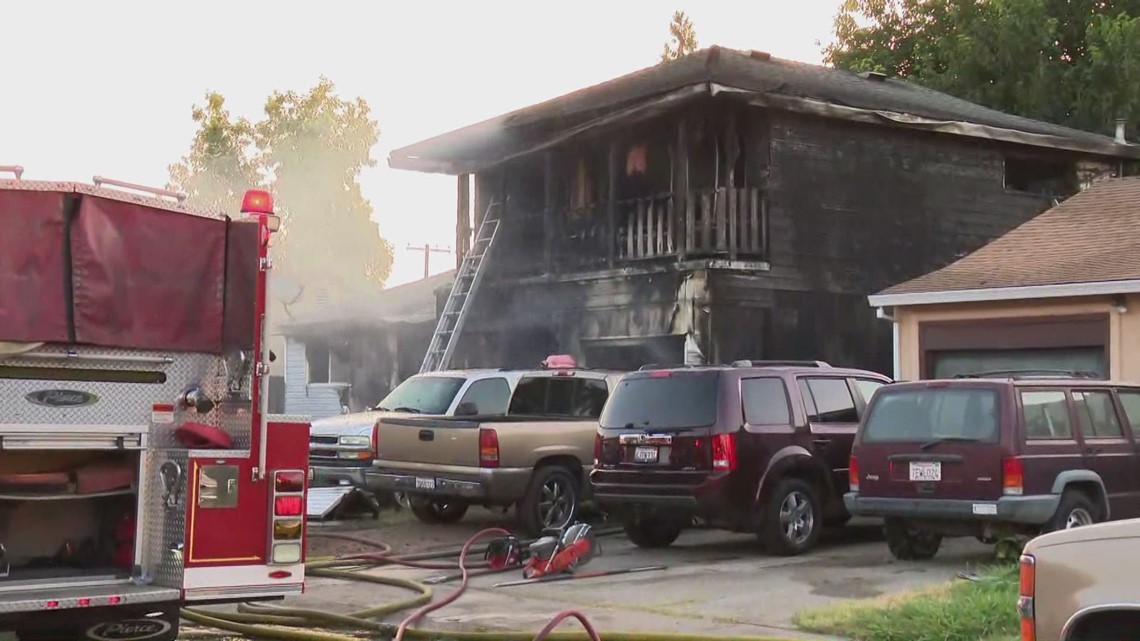 7 occupants safely escape house fire in south Sacramento by jumping off balcony