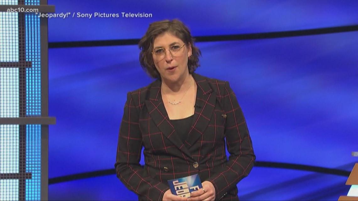 Chef Gordon Ramsay's new travel food show, Good 4 Olivia Rodrigo, and Mayim Bialik guest hosts Jeopardy! | Entertainment News