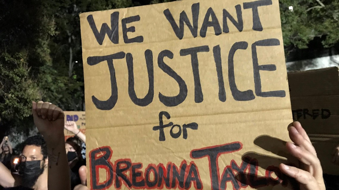 Protesters gather for second night after no murder charges filed against officers who killed Breonna Taylor