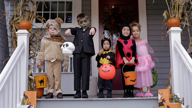 Trick-or-treating in Ceres | Halloween events, candy and family fun