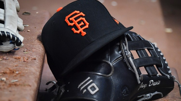 Giants finally find their general manager in Cubs' Scott Harris