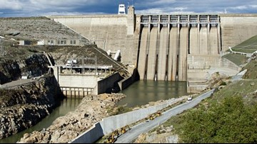 Why is the Folsom Dam releasing water in the summer?