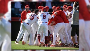 Scioscia says he's leaving Angels after 5-4 win over A's