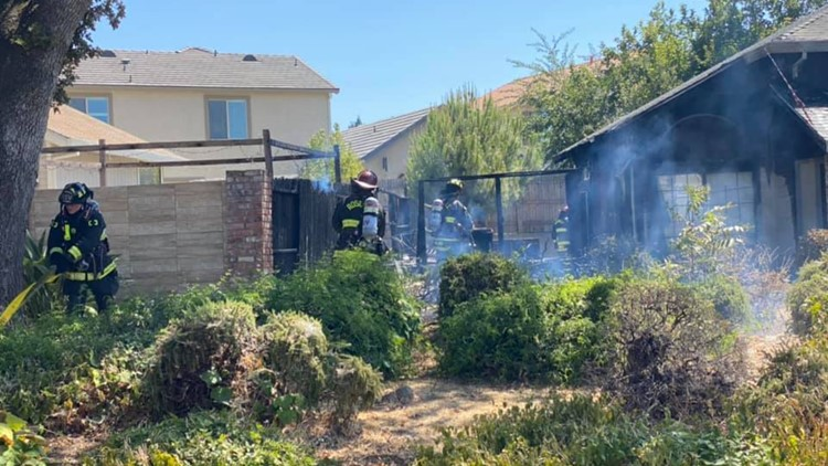 Fire damages 25% of a home in Roseville
