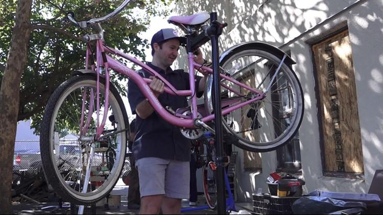 Fix-It Cafe brings DIY help to Oak Park neighborhoods