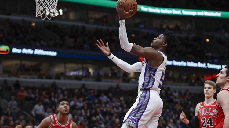De'Aaron Fox sparks 2nd-half rally, Kings beat Bulls 108-89