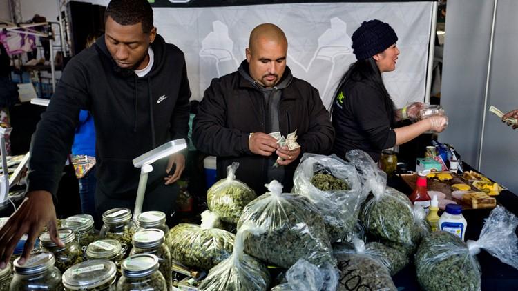 California banks for marijuana retailers? Plan to create moves forward
