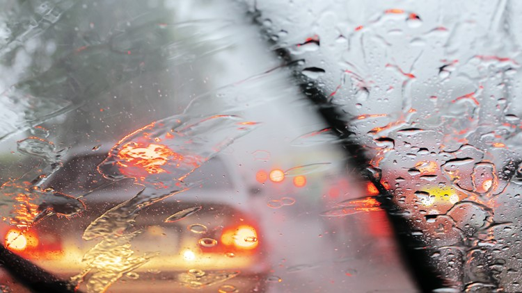 A guide to driving in the rain for California drivers