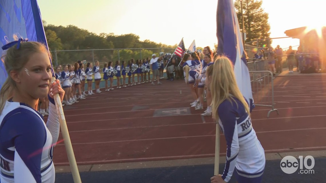 The Rocklin Thunder destroy the Whitney Wildcats, 33-0
