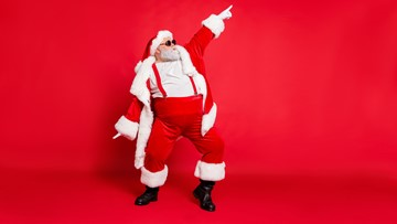 Are you Christmas card ready? Here's where to take photos with Santa for cheap