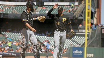 Musgrove sharp, Stallings homers as Pirates top Giants 4-2