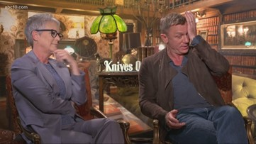 Mark S. Allen chats with 'Knives Out' stars Daniel Craig, Jamie Lee Curtis