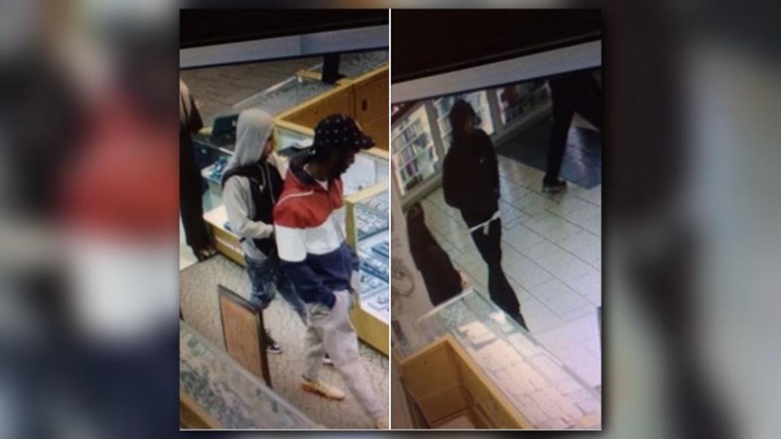 4 men caught on camera in smash