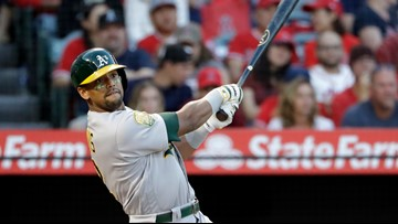 A's Khris Davis would like to stay with A's several years