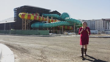 Drone video shows Manteca's Great Wolf Lodge | RAW