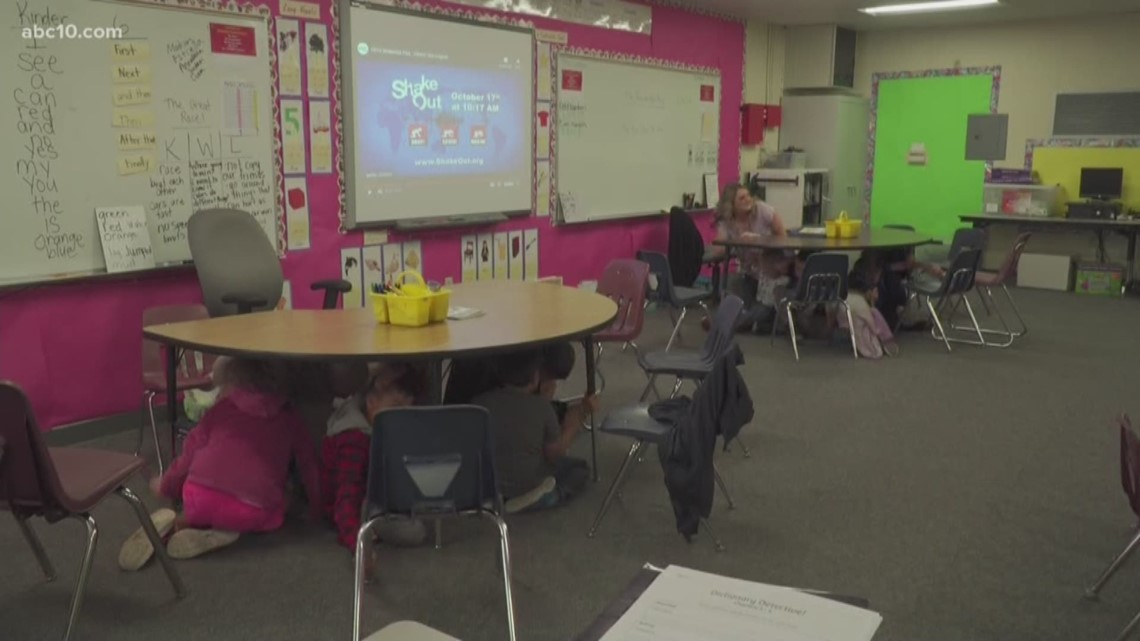 Great Shakeout 2019: California students practice earthquake safety