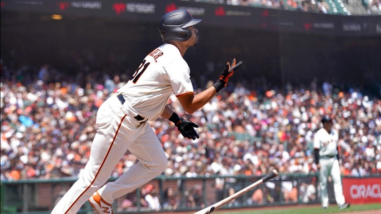 Wade homers twice, Giants bounce back to beat Pirates 6-1
