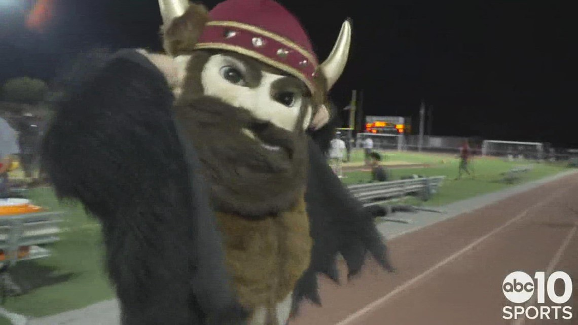 Fresno's Central Grizzlies hand the Edison Vikings their first loss of the season