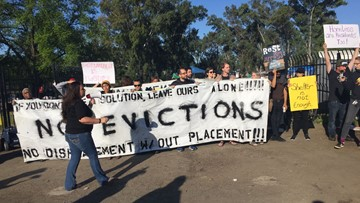 Protests break out as deputies attempt to clear south Sacramento homeless encampment