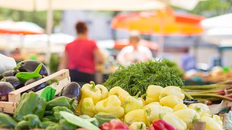 Downtown Sacramento Farmers' Market returns for the summer
