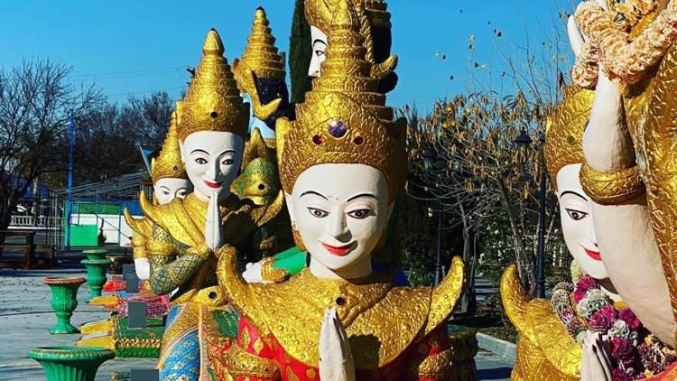 The lonely statues of Stockton's Buddhist Temple | Bartell's Backroads