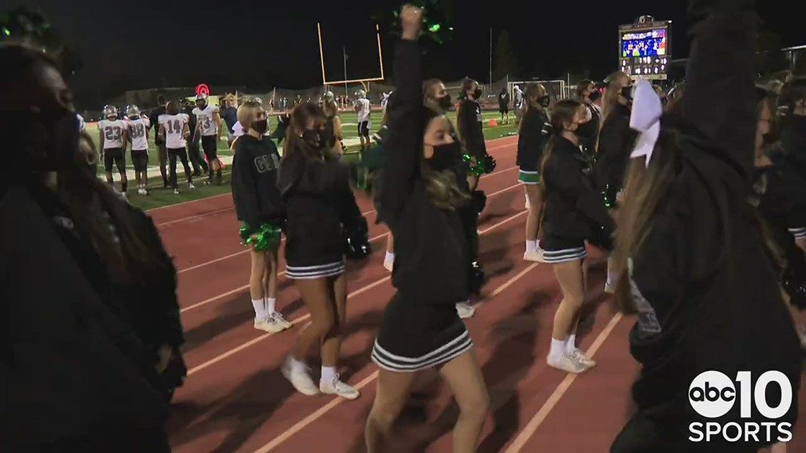 The Granite Bay Grizzlies edge the Oak Ridge Trojans 32-31 in a Spring football thriller