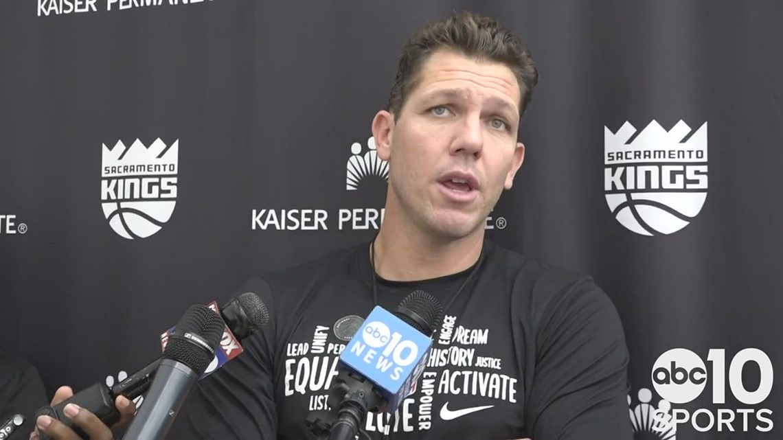 Kings coach Luke Walton excited for Sacramento's home opener, analyzes victory in Portland