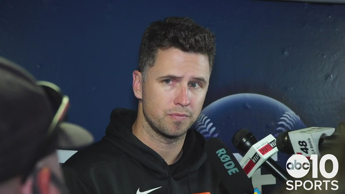 Buster Posey reacts to the Giants' Game 5 series ending loss to the Dodgers in the NLDS