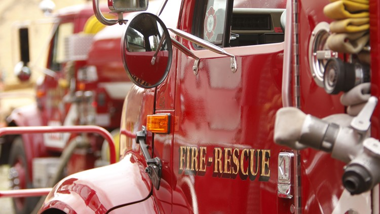 Fairfield firefighter collapses, has heart attack on scene of fire