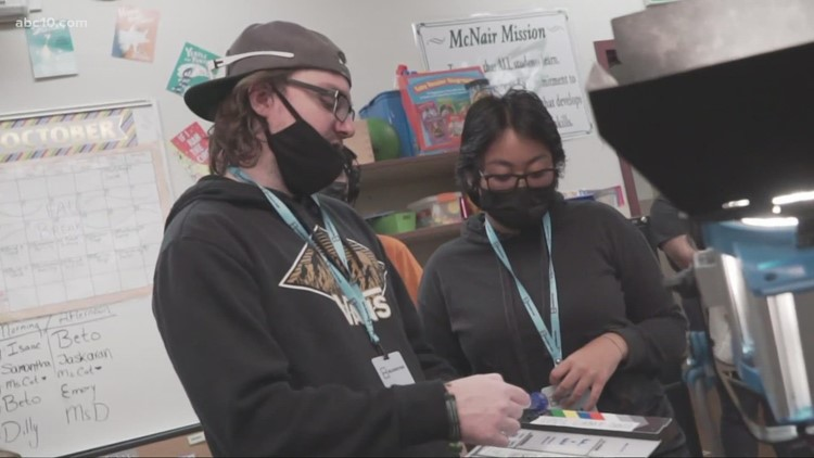 Stockton program highlights neurodiverse young adults with passion for the arts