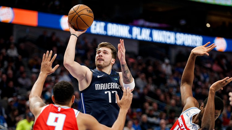 Doncic shines in return from injury, Mavs beat Kings 130-111
