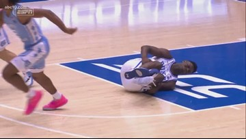 Zion Williamson's shoe blows out during Duke-UNC game | Click Pics