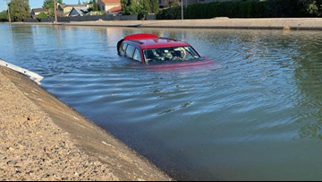 3 good Samaritans rescue driver whose car ended up in canal