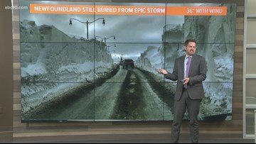 Geek Lab: Massive snowstorm leave 10-foot-tall snowdrifts in Newfoundland