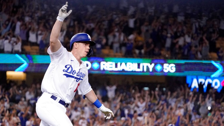 Smith's pinch 3-run HR in 9th rallies Dodgers past Giants