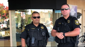 San Joaquin deputies openly carrying rifles at community events have reactions split